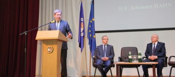 EU Commissioner within the frameworks of the official visit to Kharkiv visited S.Kuznets KhNUE