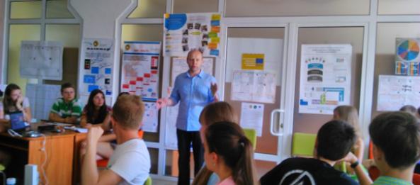 Summer School on entrepreneurship for senior pupils «First Capital junior» in Simon Kuznets KhNUE