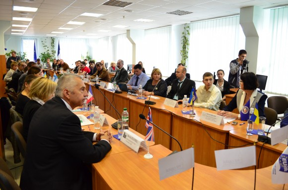 Круглый стол «Предприниматели и бизнес-инкубаторы Харькова — европейские партнеры»